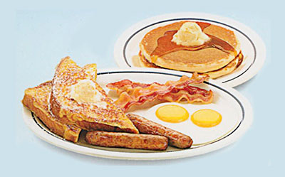 iHop Egg Combos. Split Decision Breakfast. Two eggs, 2 bacon strips, 2 pork sausage links, 2 triangles of French toast & 2 buttermilk pancakes. Desayuno Decisión Dividida1110 calories
